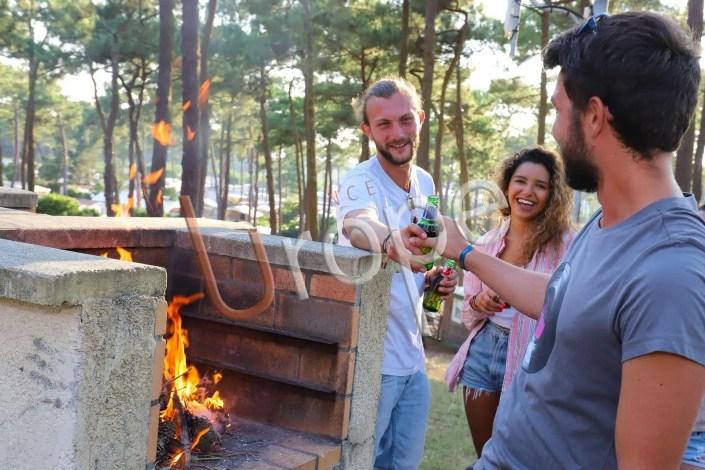 Photographie de barbecue dans un camping à Plage-Sud