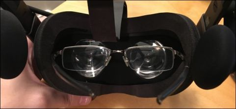 oculus glasses holder