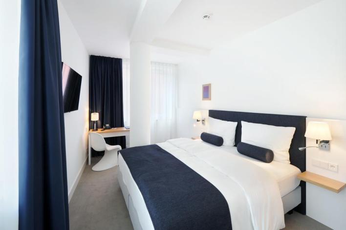 يقع فندق لو ميريديان ميونيخ في قلب وسط مدينة