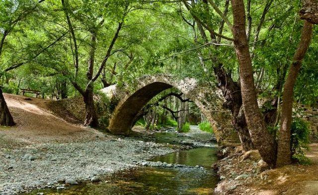 بلاتريس من اجمل اماكن السياحة في قبرص اليونانية - صور قبرص سياحة