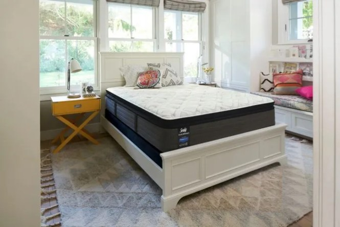 Queen Sealy Posturepedic Response Performance Cooper Mountain Iv Cushion Firm Pillow Top Mattress