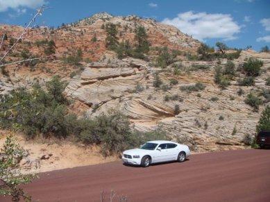 Dodge Charger Mietwagen im Zion Nationalpark USA