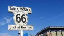 Der Endpunkt der Route 66 in Santa Monica, Kalifornien