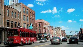 Die Straßen von Nashville, Tennessee mit hohen Verkehraufkommen zur Tageszeit. (Bild: pixabay.com)