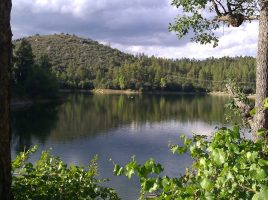 Lynx Lake im Prescott National Forest.