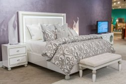 Sky Tower White Cloud Platform Bed