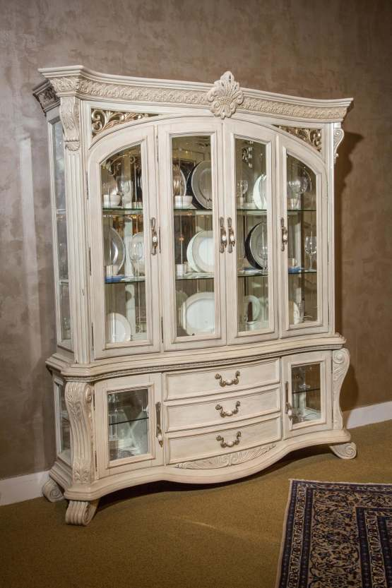 Villa Di Como China Buffet With Hutch