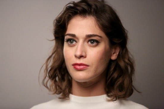 Lizzy Caplan Movies, Early Life, Body, Career, and Net Worth 2019