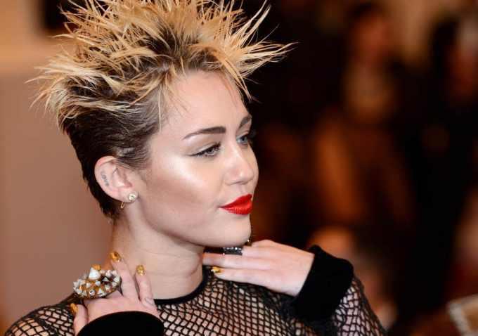 Miley Cyrus Net Worth 2020