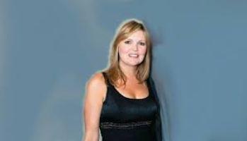 Rhonda Worthey Net Worth