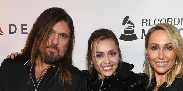Miley Cyrus Sister, Family, Biography and Net Worth