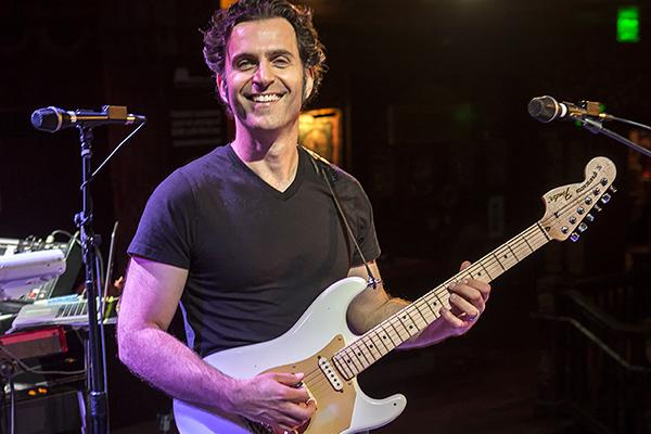 Dweezil Zappa Net Worth 2020