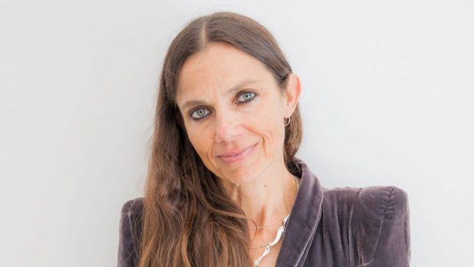 Justine Bateman Net Worth 2020
