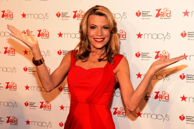 Vanna White Net Worth 2020, Early Life, and Career Updates