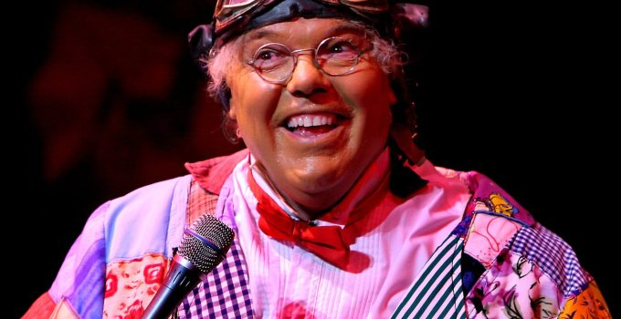 Roy Chubby Brown Net Worth 2020, Bio, Career, and Achievement