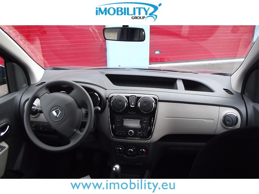 Dacia dokker trasporto disabili completo a for Finestra nella dacia