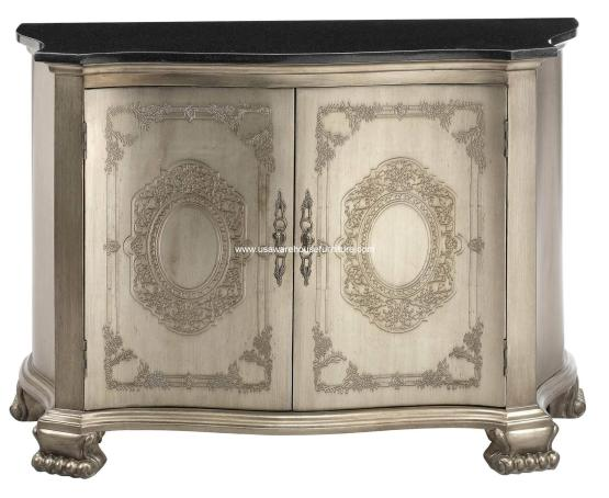 Beverly Traditional Cabinet