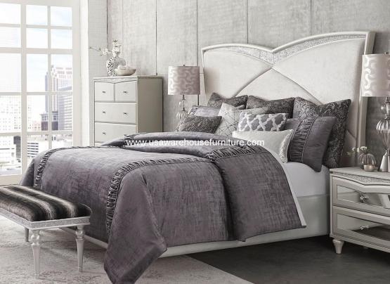 Melrose Plaza Upholstered Bed