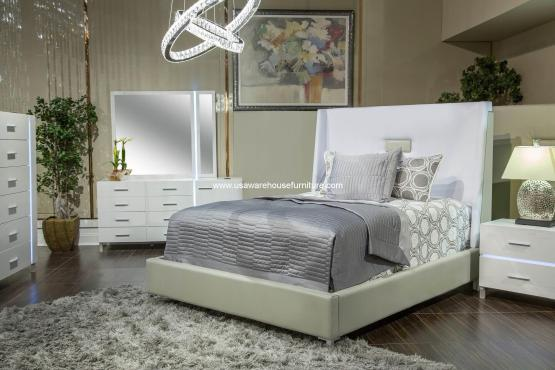4 Piece Lumiere Bedroom Set