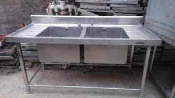 commercial sink unit for restaurant