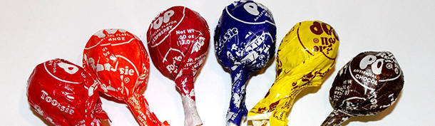 How many licks does it take to reach the center of a tootsie pop?