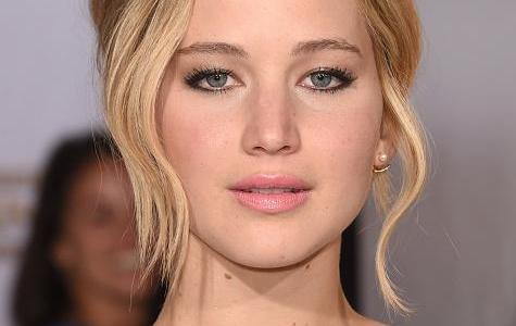 Was Jennifer Lawrence a good or a bad student in High school?