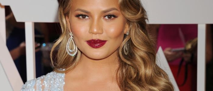 20 fun facts about Chrissy Teigen! (List)