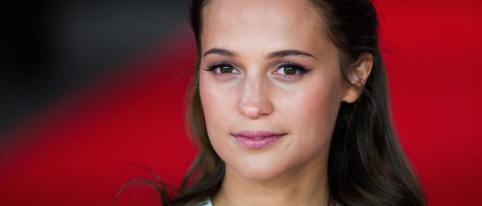 34 interesting facts about Alicia Vikander! (List)