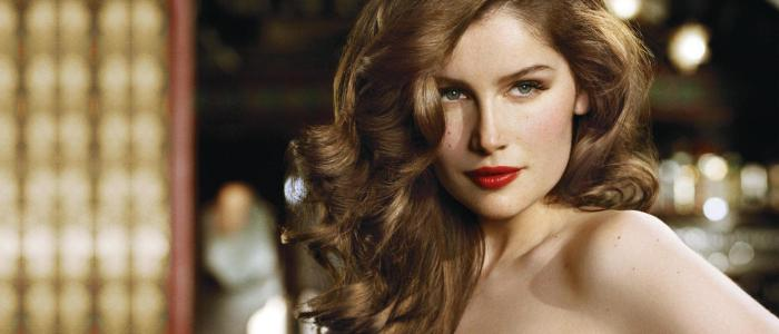 Laetitia Casta Trivia: 30 interesting facts about her!