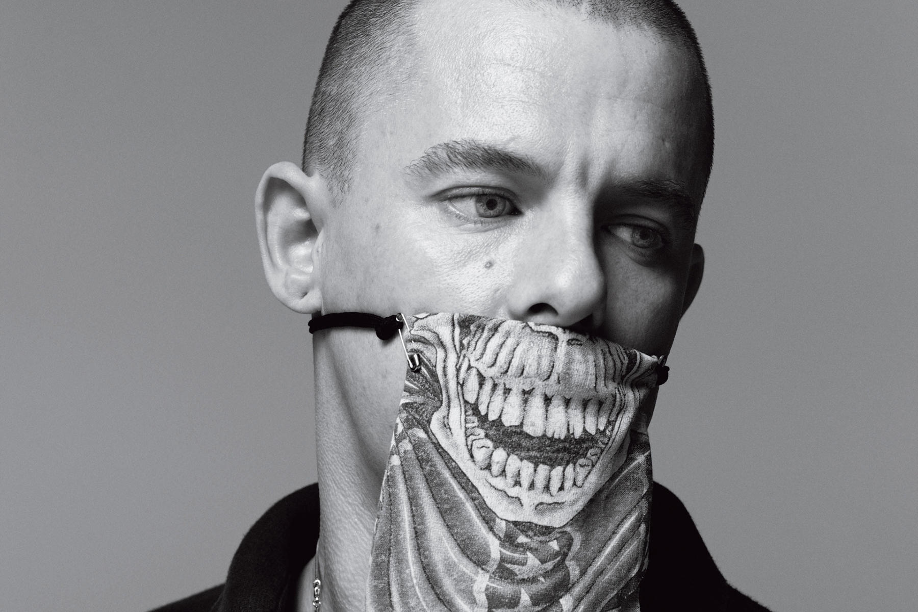 Alexander Mcqueen Trivia 35 Interesting Facts About The Fashion Designer Useless Daily Facts Trivia News Oddities Jokes And More