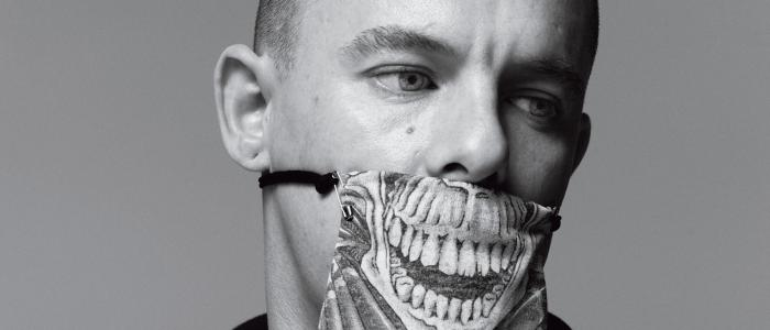 Alexander McQueen Trivia: 35 interesting facts about the fashion designer!