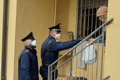 carabinieri anziana