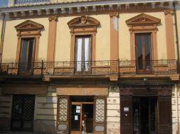 1. palazzo ex banco di napoli