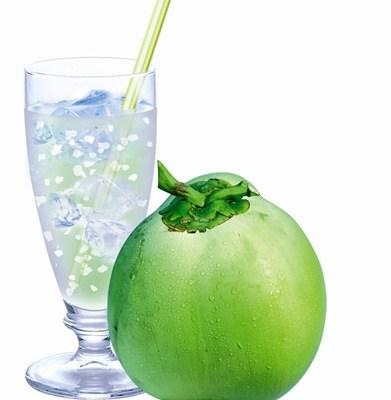 Top 10 coconut water benefits