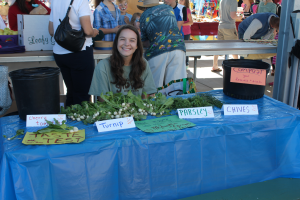 Green_Apple_Day_of_Service_2014_-_Farmers_Market_2