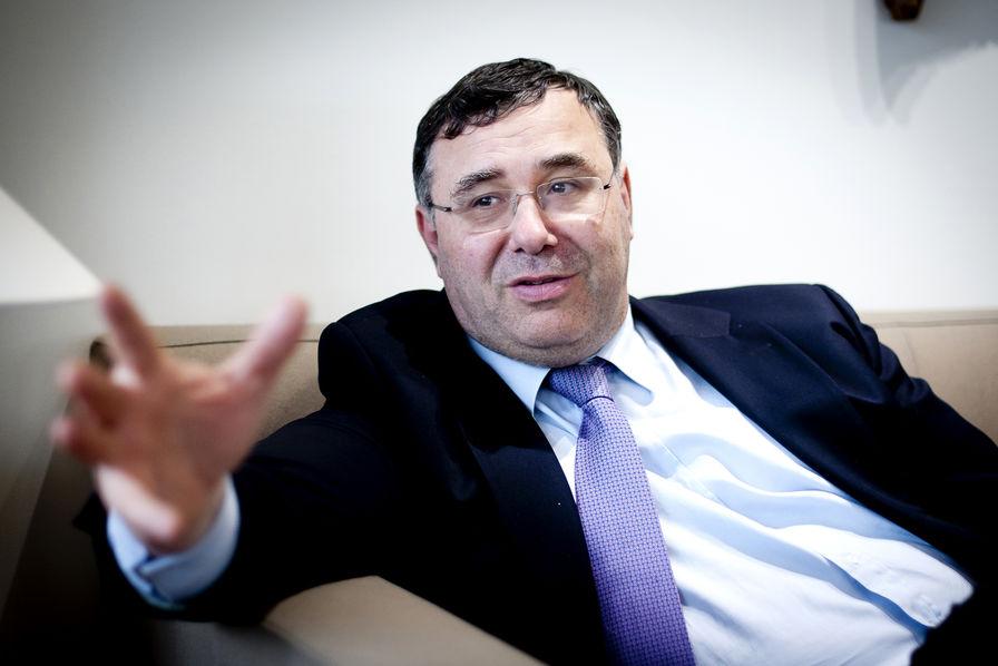 Total prêt à financer un puits d'exploration de gaz de schiste en France, si le gouvernement l'y autorise