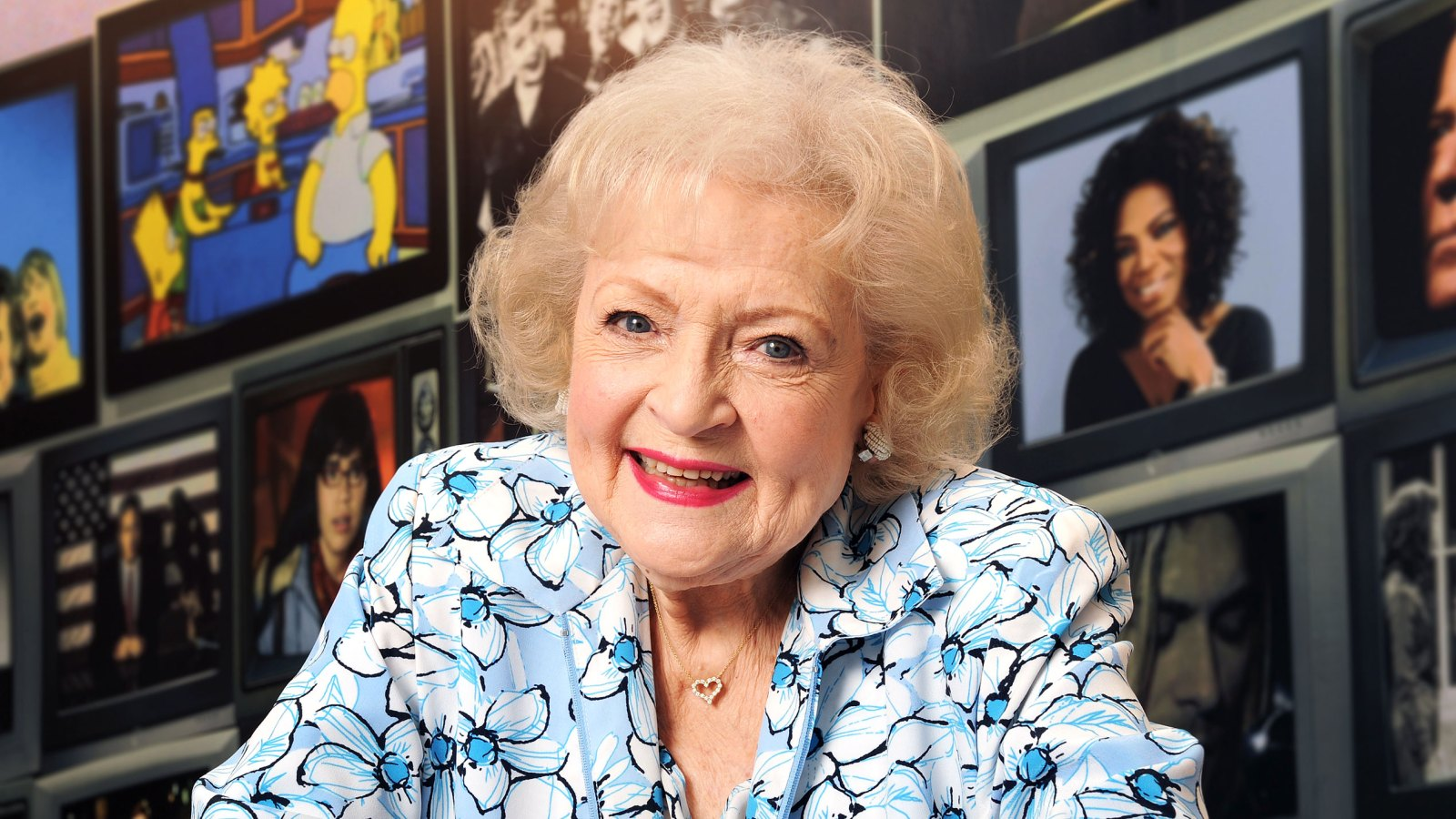 Betty white archives us weekly happy birthday betty white 14 times the 96 year old was hot bookmarktalkfo Images