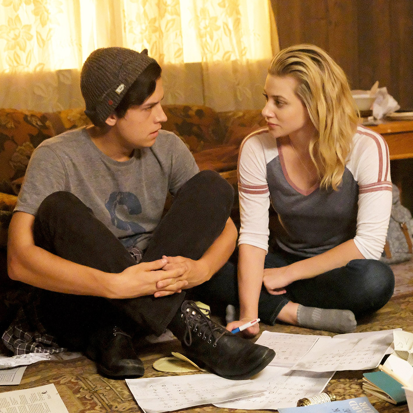 Cole Sprouse as Jughead Jones and Lili Reinhart as Betty Cooper on 'Riverdale'