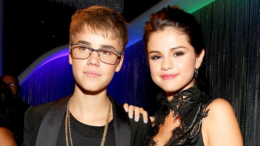 Justin Bieber and Selena Gomez arrive at the 2011 MTV Video Music Awards at Nokia Theatre L.A. LIVE in Los Angeles, California.