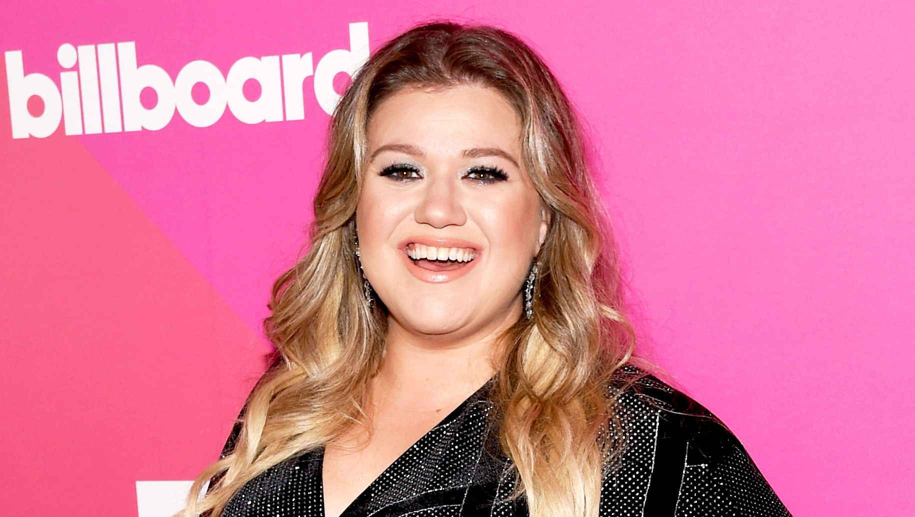Kelly Clarkson attends Billboard Women in Music 2017 at The Ray Dolby Ballroom at Hollywood & Highland Center in Hollywood, California.