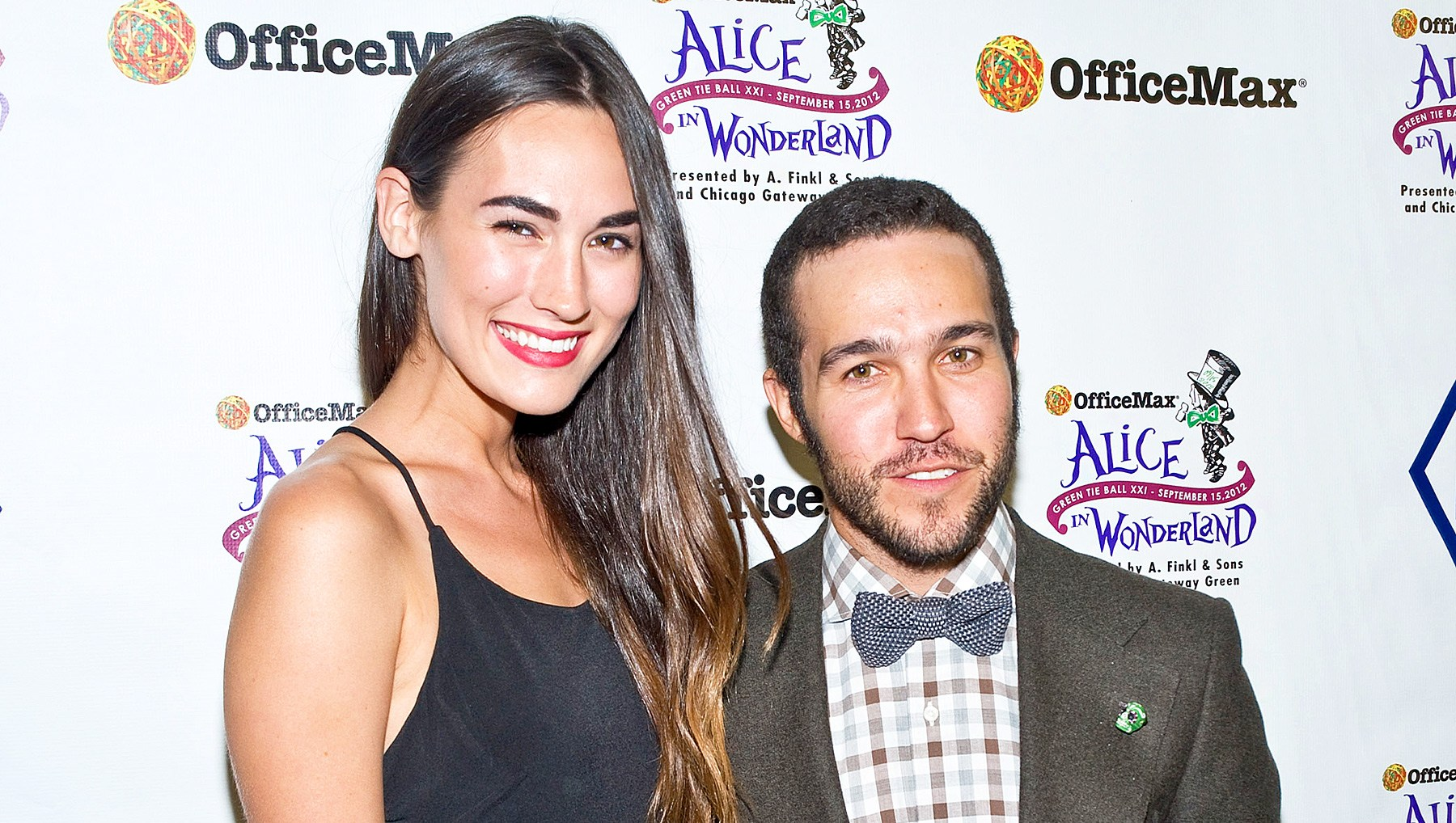 Fall Out Boys Pete Wentz Expecting Baby Girl With Girlfriend Meagan Camper See The Announcement