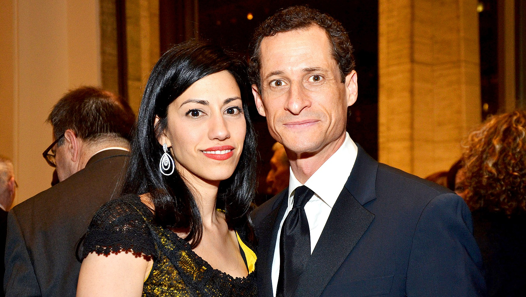 Anthony-Weiner-and-Huma-Abedin-call-off-divorce