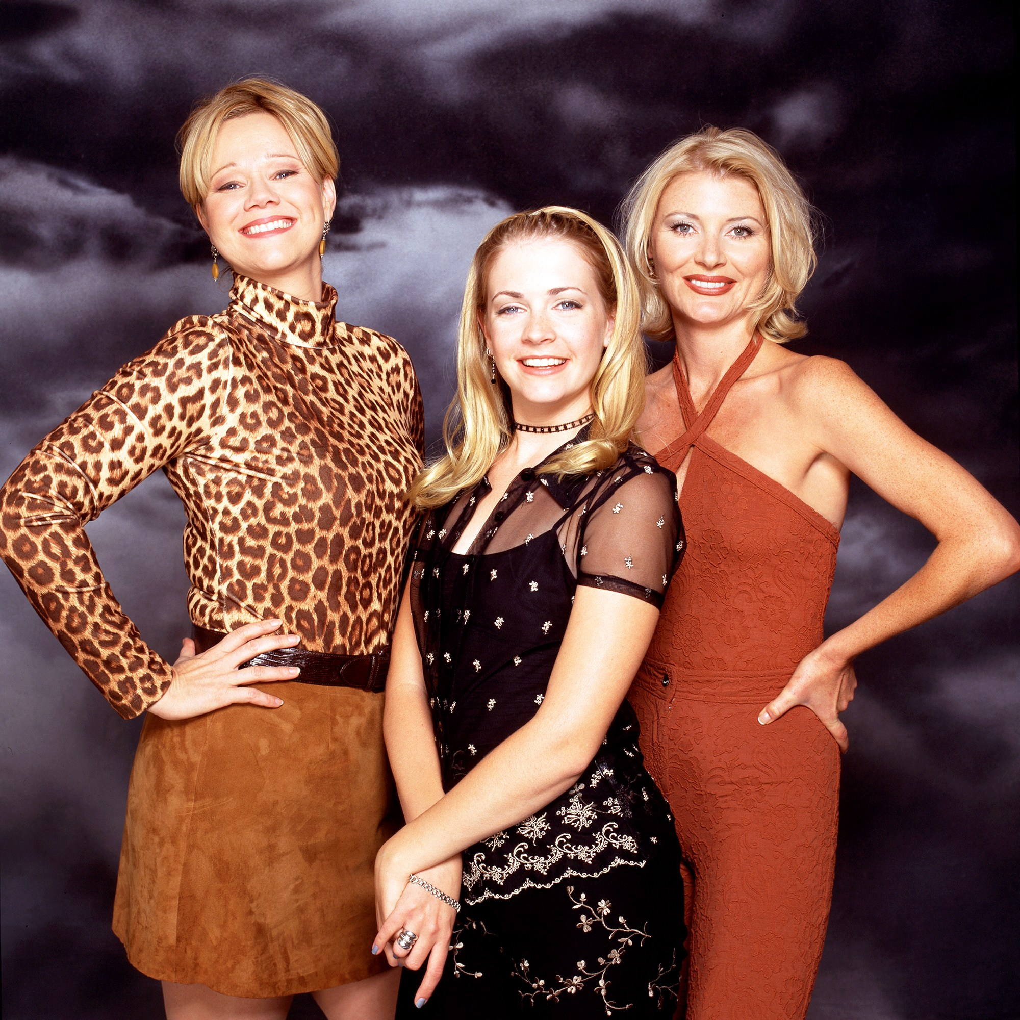 Caroline Rhea, Melissa Joan Hart and Beth Broderick on 'Sabrina The Teenage Witch'