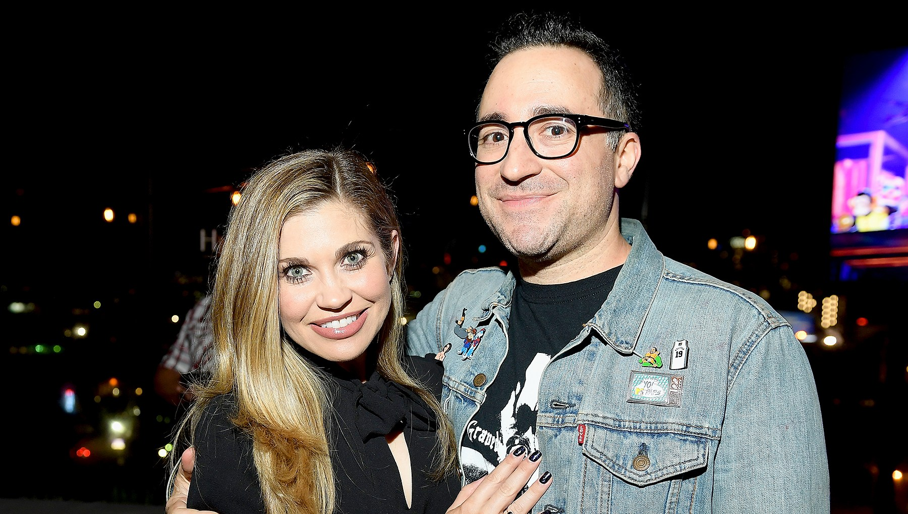 Danielle-Fishel-engaged
