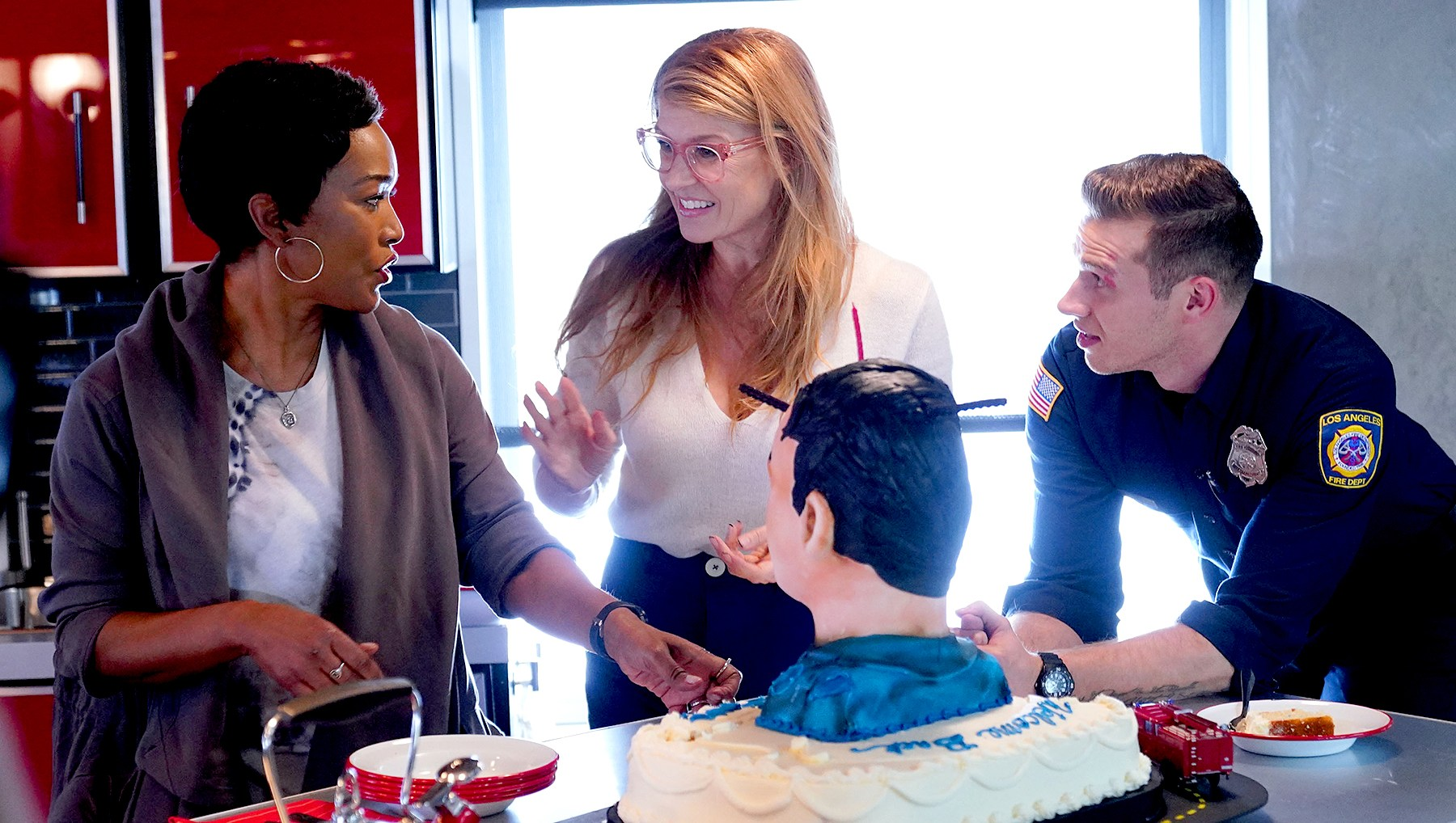 Angela Bassett, Connie Britton and Oliver Stark on 9-1-1