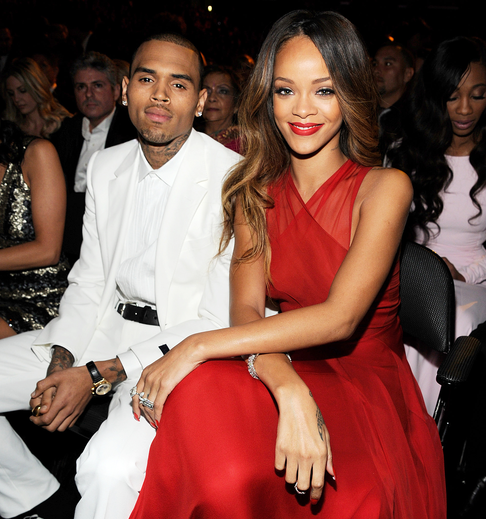 Rihanna and chris brown dating again 2018
