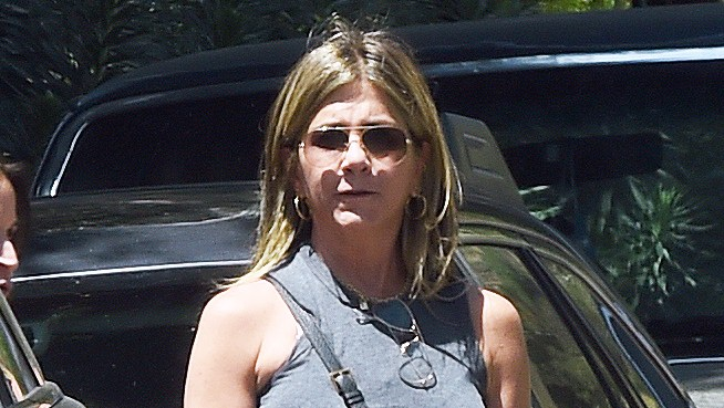 Jennifer Aniston Justin Theroux Near Miss Billy Kimmel Birthday