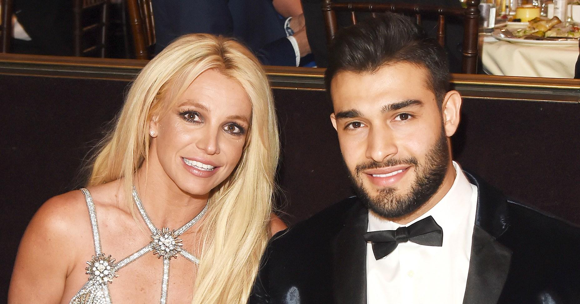 Britney Spears and Boyfriend Sam Asghari Flaunt Their Amazing Bodies, Chemistry in Impressive Workout Video