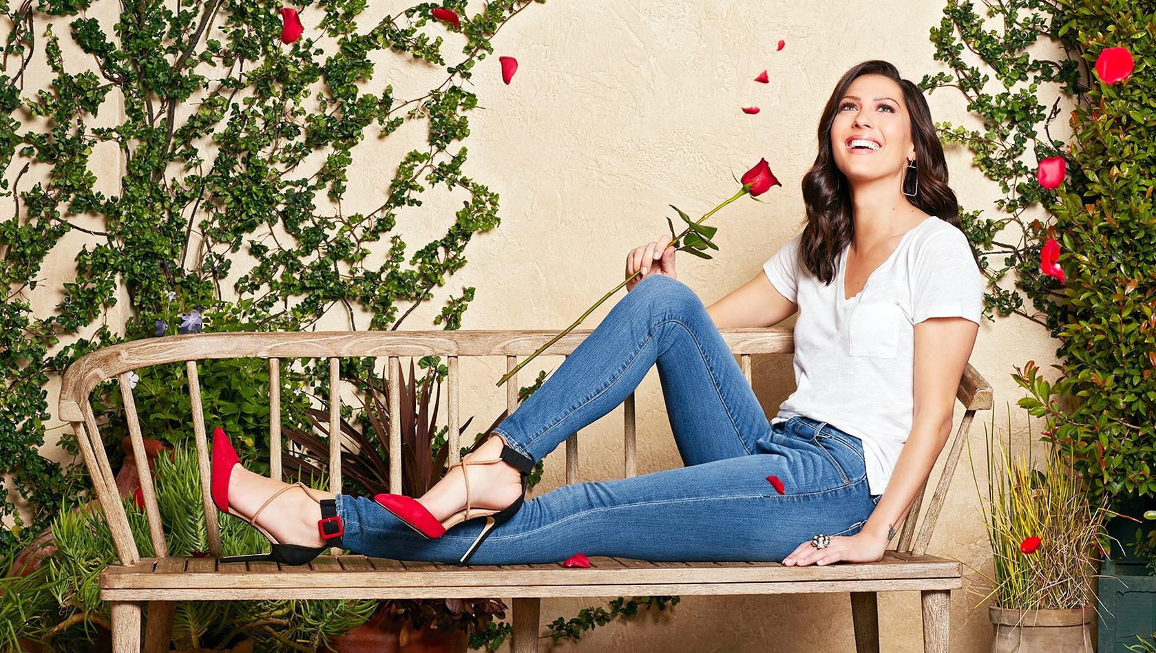Becca Kufrin The Bachelorette Engaged