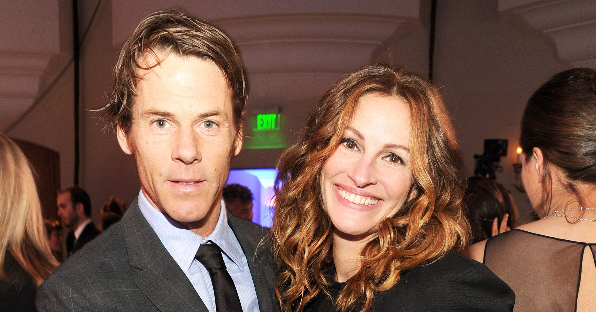 Inside Julia Roberts Danny ModerS Really Solid Marriage